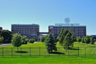 General Electric va créer 1 000 emplois en France
