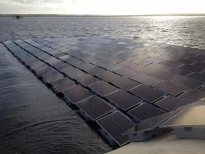 Londres accueillera des panneaux solaires flottants