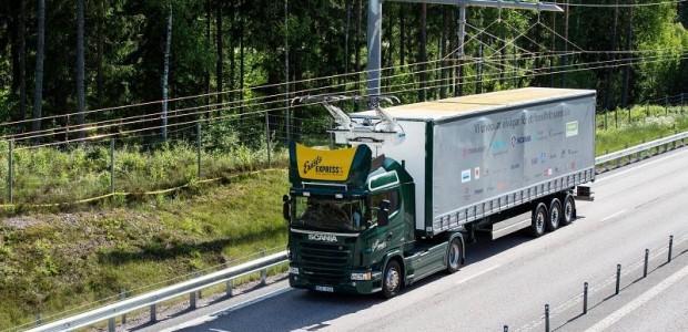 Des camions électriques alimentés par caténaires en test en Suède