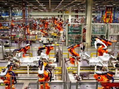 Les robots pourraient assurer 52 % des tâches professionnelles dès 2025