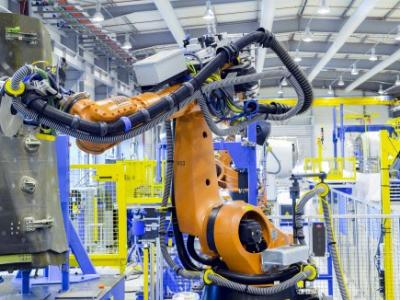 Un plan en faveur de l'industrie du futur lancé par l'État et la Région