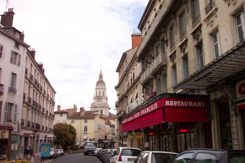 Professionnels : quel fournisseur de gaz naturel à Bourg-en-Bresse choisir ?