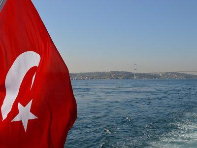 Une voiture électrique faite maison lancée en Turquie